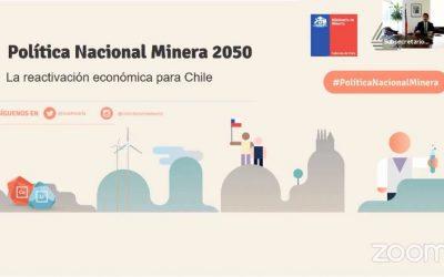 Debate sobre política minera